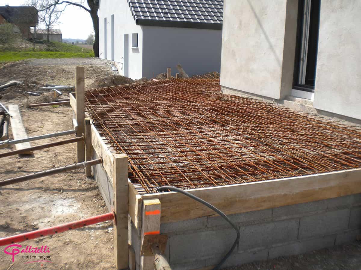 Une Terrasse En Béton En Construction.